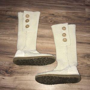 Cream Ugg Knit Boots